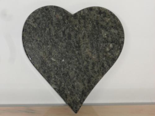 img-Lápide em coração de mármore