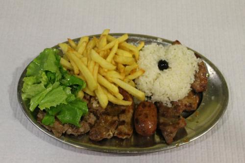 img-Carnes de Churrasco com acompanhamento