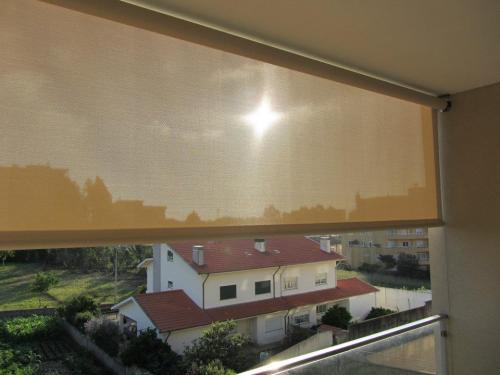 img-Instalação de películas de proteção solar em Espinho