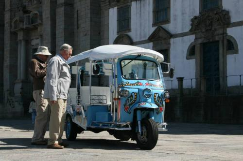 img-TUK AND FRIENDS