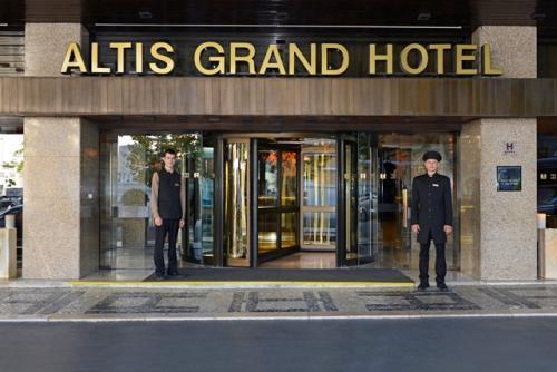 img-ALOJAMENTO NO ALTIS GRAND HOTEL