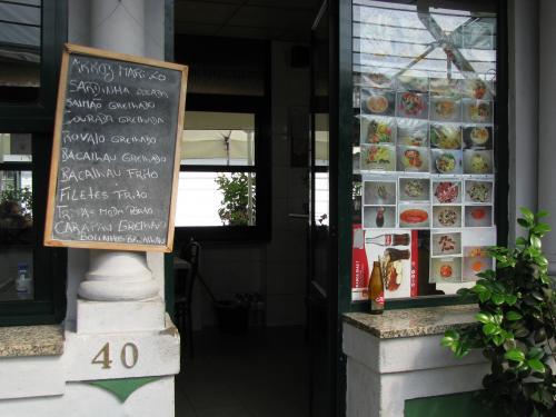 tt2-Cafetaria Fernanda Dias1 thumbs
