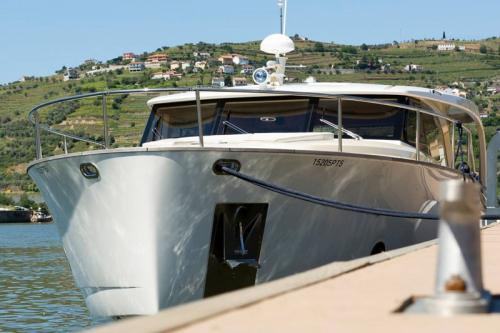 DOURO CRUISE IN PRIVATE YACHT, FROM POCINHO TO PINHÃO