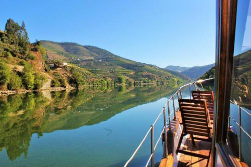 tt2-DOURO CRUISE WITH LUNCH AND TASTINGS AT BOMFIM'S VINEYARDS1 thumbs