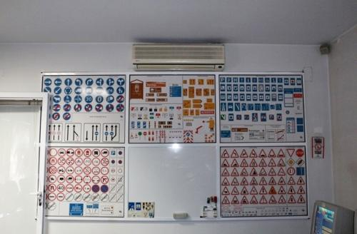 tt2-Aulas teóricas de código no Porto1 thumbs
