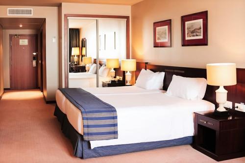 img-HOTEL HOLIDAY INN - ESTADIA EM FAMÍLIA