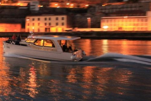 tt2-DOURO CRUISE IN PRIVATE YACHT, NIGHT ON BOARD 1 thumbs