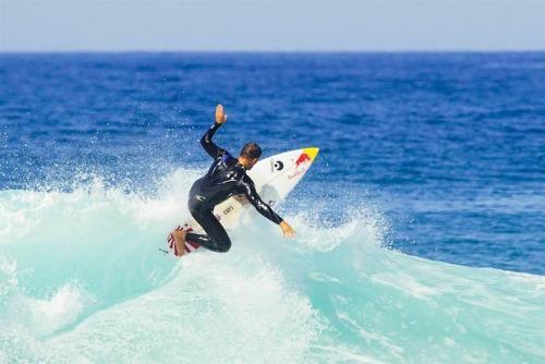 img-AULAS DE SURF EM V. N. GAIA