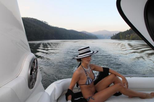 img-DOURO CRUISE FROM PORTO TO RÉGUA IN A EXCLUSIVE YACHT