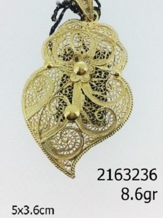 destaque Gold and Silver Filigree Necklace Medallions