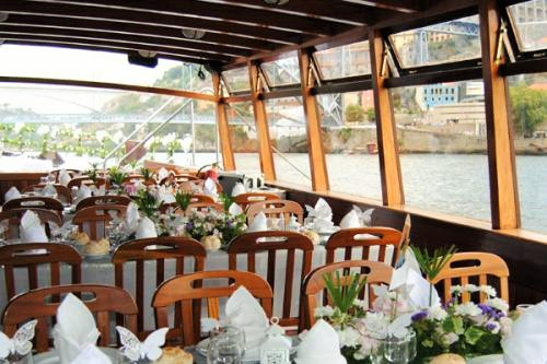 CHRISTENING PARTY CRUISE