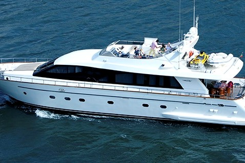 img-WINDS OF FORTUNE, LOCATION DE YACHT DE LUXE, SEMAINE O WEEK END