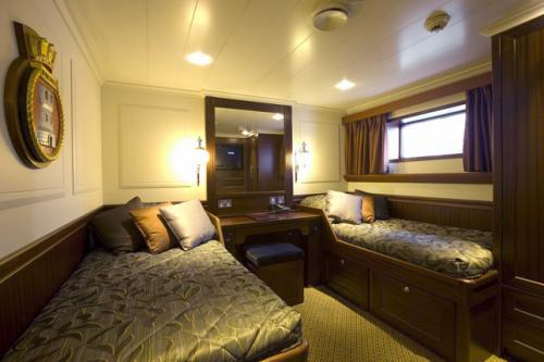 tt2-HOTEL SHIP CRUISE, 8 DAYS, SPIRIT OF CHARTWELL 20191 thumbs
