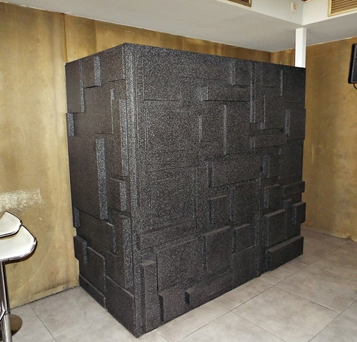 img-Aplicação de palheta em paredes e balcão de Bar