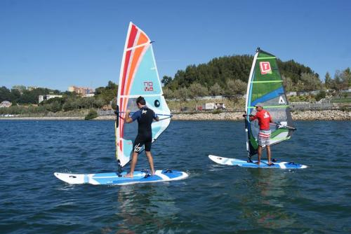 img-WINDSURF LESSONS FOR ADULTS AND CHILDREN