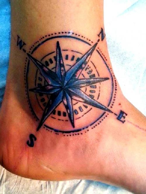 Tatuagens nos tornozelos
