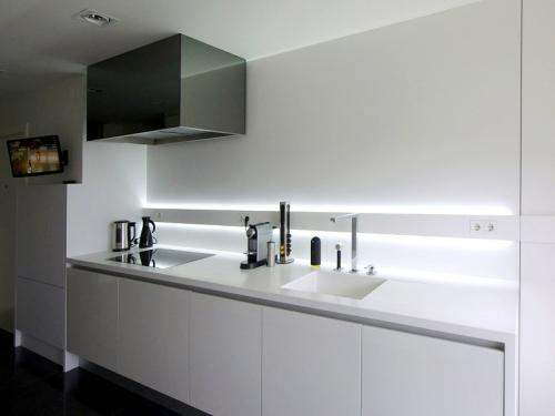 destaque Kitchen Furniture in Line