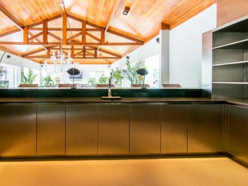 tt3Mobiliário de Cozinha em Forma de U2 thumbs