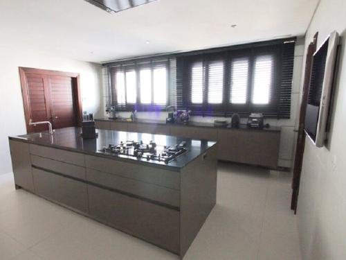 tt2-Mobiliário de Cozinha em Paralelo com Ilha Central 1 thumbs