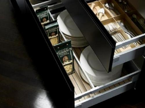 tt3Móveis de Cozinha, gavetas de arrumação2 thumbs