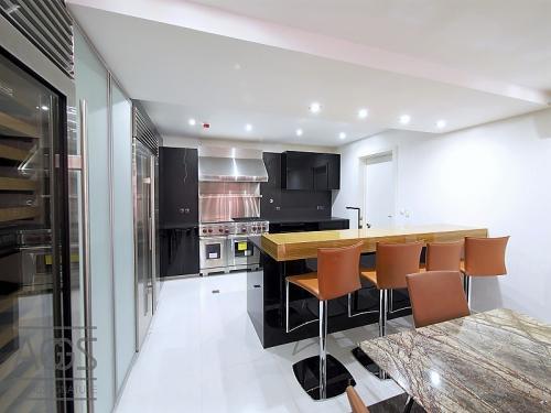 destaque Kitchem and livingroom open space
