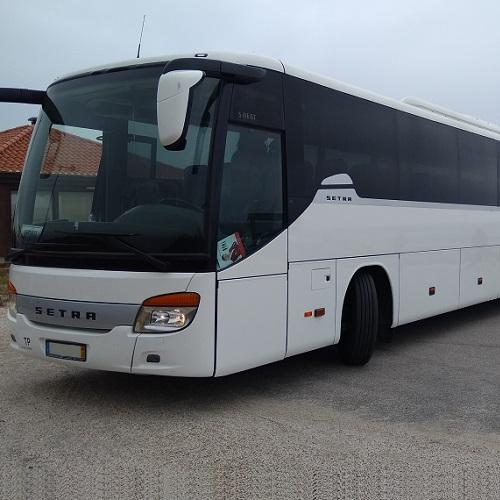 destaque Serviço de Transporte em Autocarro de 60 Lugares