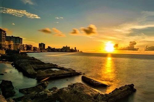 VIAGENS E TURISMO EM CUBA