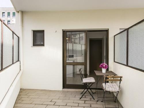 tt3Aluguer de Apartamento no Porto <b> 4 Flats II - 2 a 4 pessoas</b>2 thumbs