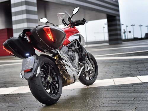 img-Carta de condução motociclos categoria A, mínimo 24 Anos