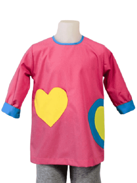 Infant bibs for kindergartens with pocket heart