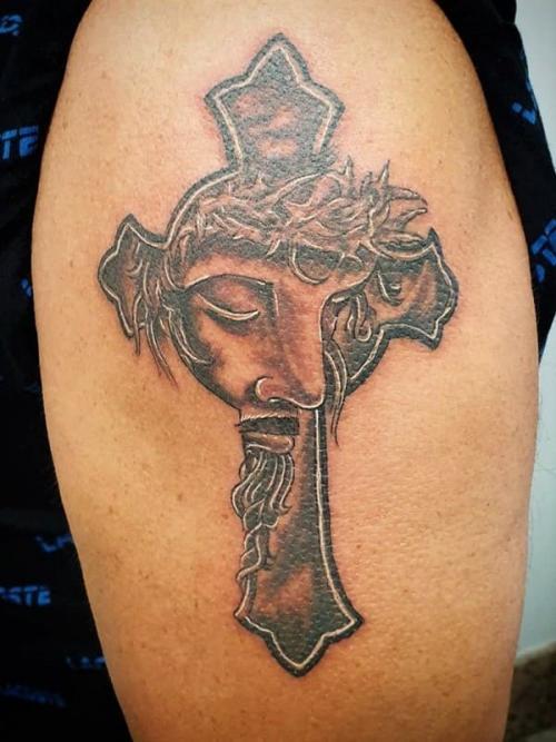 tt2-Tatuagens na parte externa do braço1 thumbs