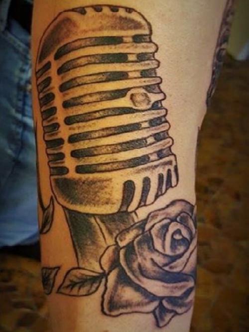 Tatuagens no braço em viseu