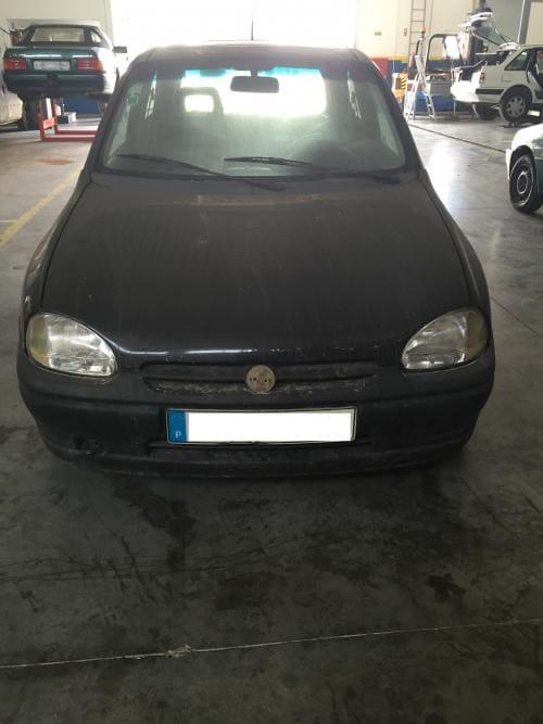 img-Opel Corsa B 1.400 a gasolina do ano 1993 de 3 portas para peças