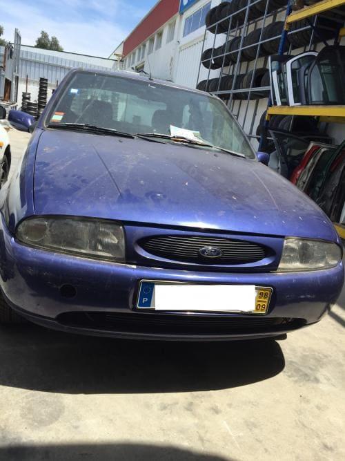 img-Ford Fiesta para peças