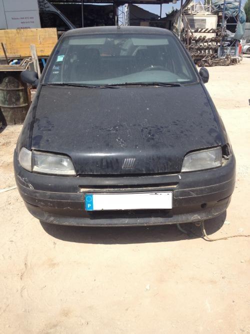 img-Fiat Punto do ano 1996 para peças