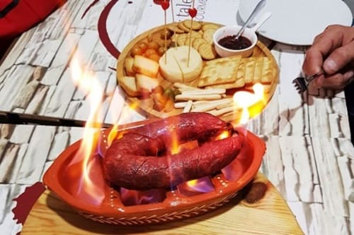 img-Almoço de Amigos com Petiscos e Vinhos no Porto, até 10 pessoas